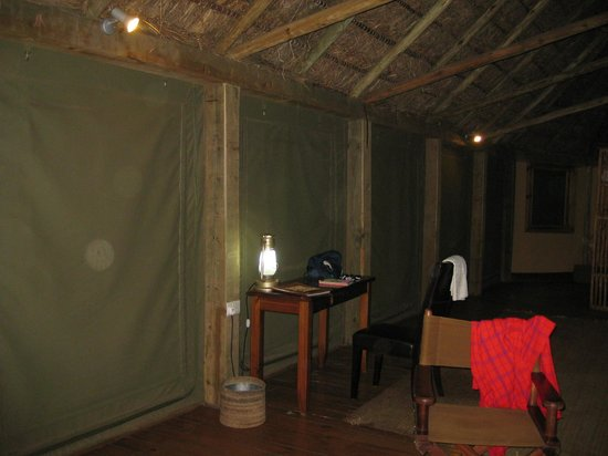 Gilgil, Kenia: They close window at night