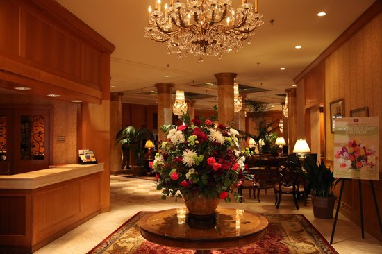 Saint Paul Hotel:                   Fresh flowers are always in the lobby.