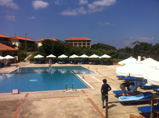 Club Med Kabira Beach:                   main pool