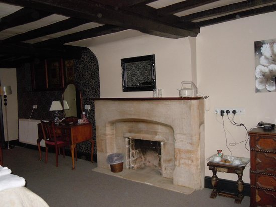 Shipton under Wychwood, UK:                   Room 12