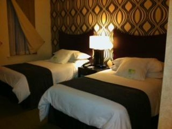 Madison Hotel:                                     Two double beds