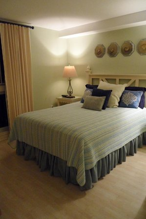 Sandestin Golf and Beach Resort: Bedroom 1 of an Observation Point North condo