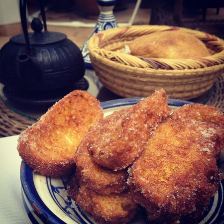 Riad Camilia:                   French toast breakfast was delicious