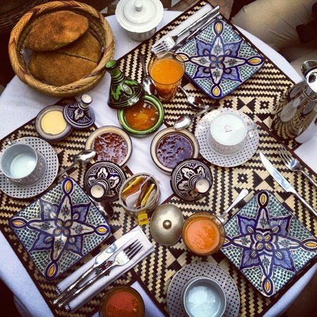 Riad Camilia:                   Wonderful breakfast every morning..