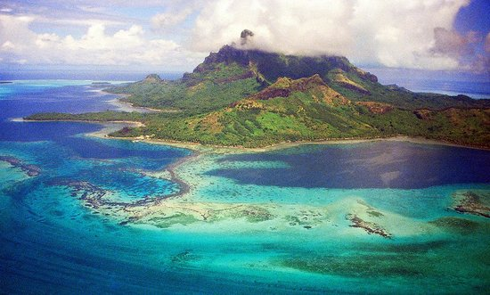 Bora Bora, Polinesia Francese: Photo provided by ©4Corners