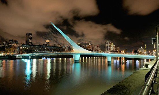 Buenos Aires, Argentinien: Photo provided by 4Corners