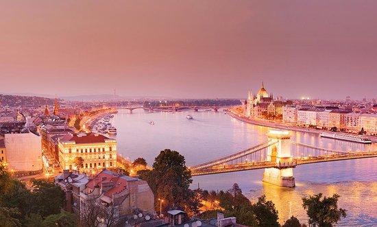 Budapest, Ungarn: Photo provided by 4Corners