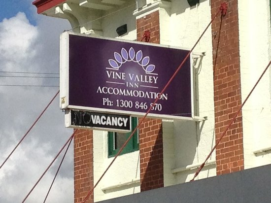 ‪Vine Valley Inn‬
