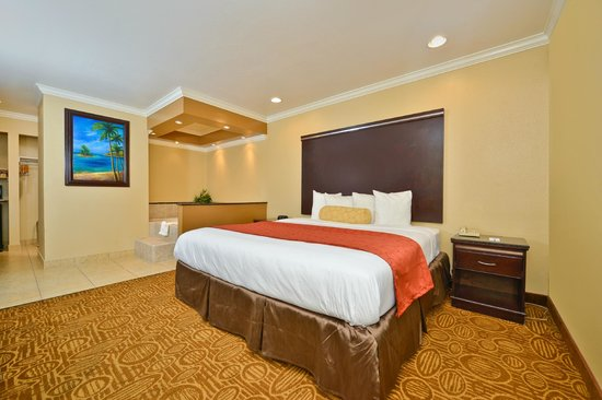 Rodeway Inn Mission Valley: Non Smoking Jacuzzi Suite