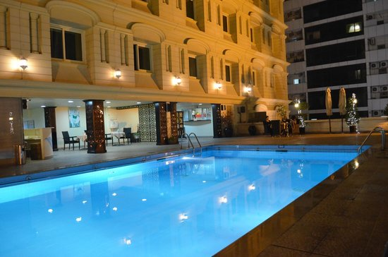 The Carlton Tower Hotel:                   Pool area