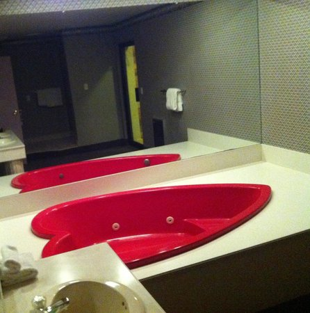 Cove Haven Resort:                   heart shape tub