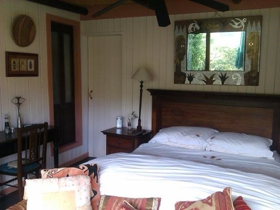 Moontide Guest House: Treehouse