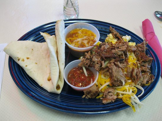 Artesia, New Mexiko: Breakfast Machaca = Pulled pork and eggs!