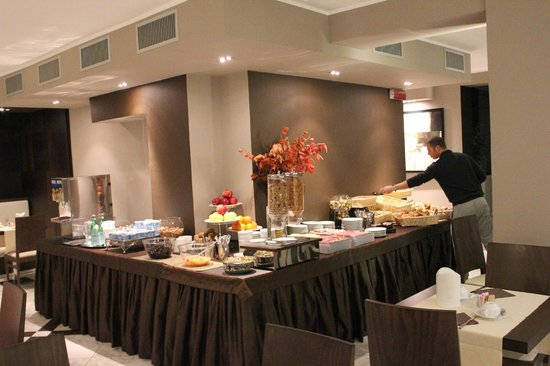 Soperga Hotel: Breakfast spread