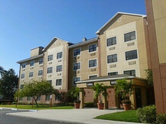 Extended Stay America - Miami - Airport - Doral - 87th Avenue South:                                     Fachada del hotel.
