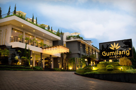 Gumilang Regency Hotel