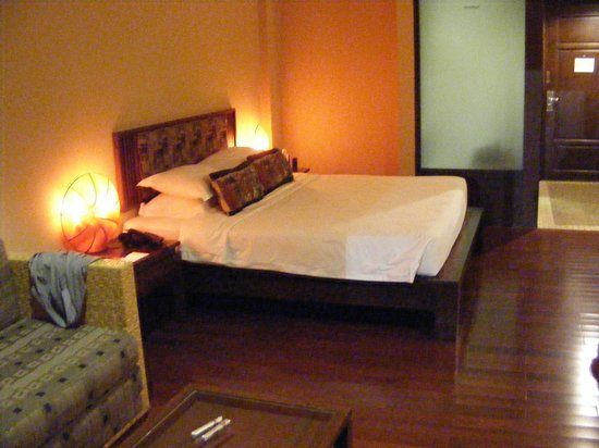 Baan Laimai Beach Resort:                                     room