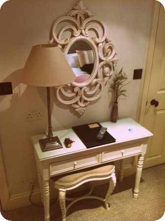 Lorne House:                   The dressing table