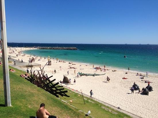 Crown Metropol Perth:                   The Beach