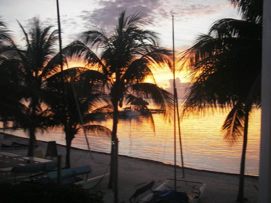 Caribbean Villas Hotel :                   sunrise