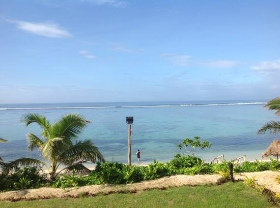 Namuka Bay Lagoon:                   The view of the reef from our room bacony... amazing