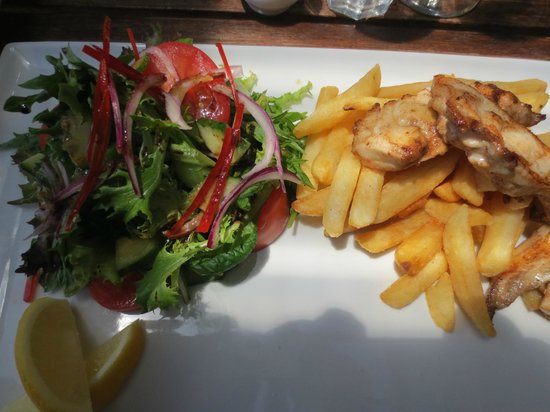 Waihi Beach, New Zealand:                   Fish, Chips & Salad