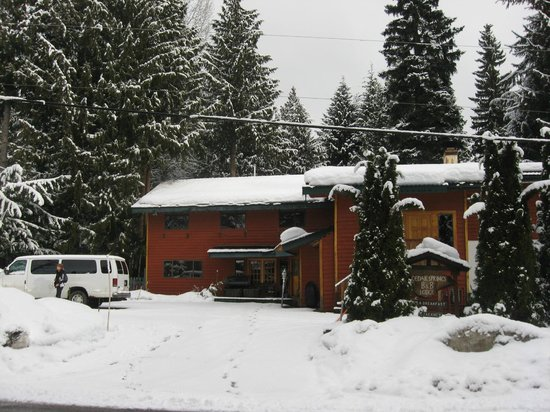 Cedar Springs Bed and Breakfast Lodge:                   Fresh Snow