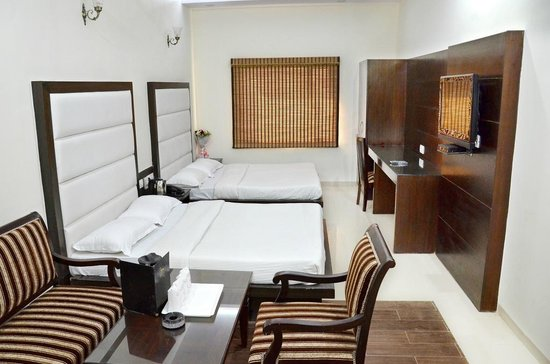 Hotel Mohan International: Family Room