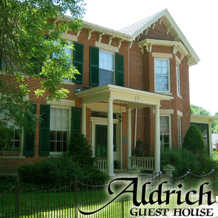 Aldrich Guest House: Welcome to our home where you arrive as guests and leave as friends