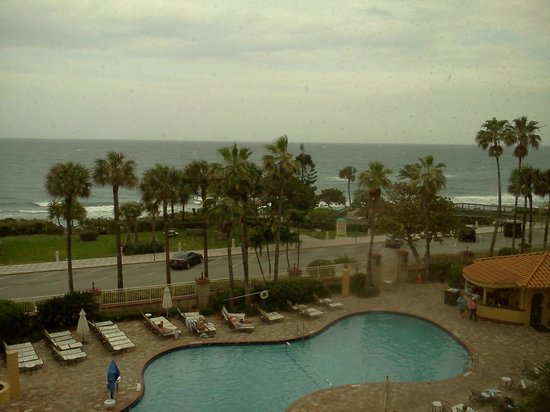 Pool Before The Storm Picture Of Embassy Suites By Hilton Deerfield Beach Resort Spa
