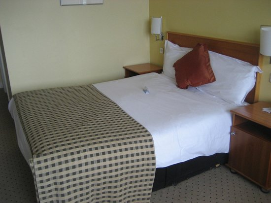 Radisson Blu Hotel, Dublin Airport: Bed