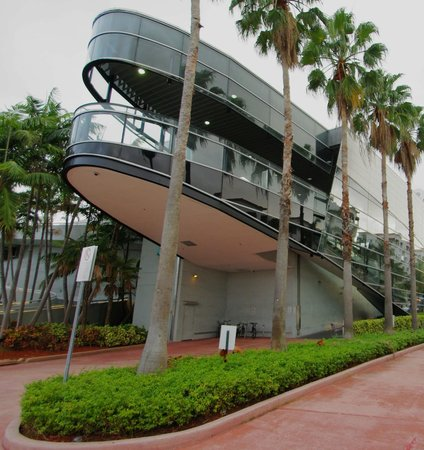 """Crescent Resort On South Beach:                   """"Jetsons"""" Publix or """"Mothership"""" or """"Guggenheim""""."""