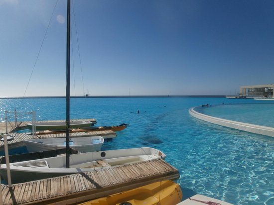 San Alfonso del Mar:                   Biggest Pool in the World