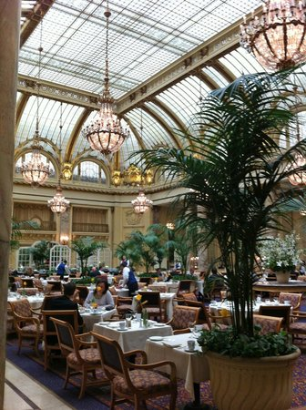 Palace Hotel:                   Magnificent Breakfast courtyard