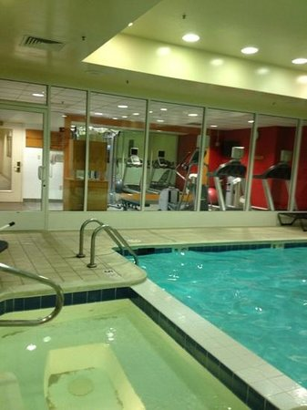 Hilton Garden Inn Richmond Innsbrook:                   pool & fitness area