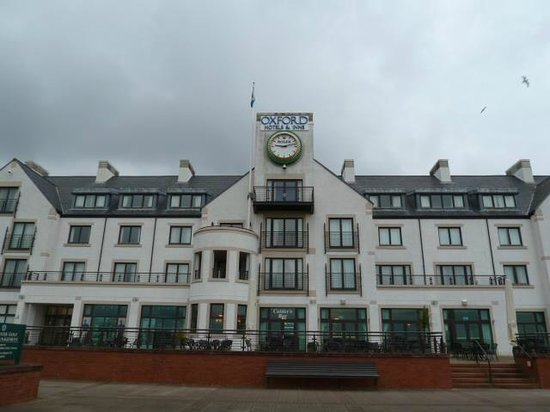 Carnoustie Golf Course Hotel:                                     Carnoustie Golf Hotel