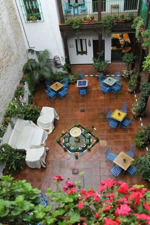 El Rey Moro Hotel Boutique: patio