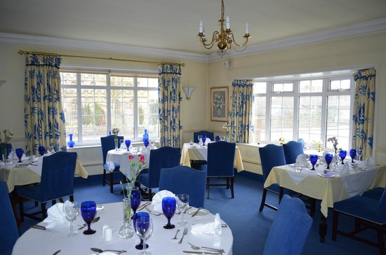 The Walnut Tree Hotel:                                     Tasty blue dining room