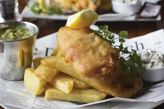 Scotts of Helmsley: Fresh fish and chips, home made tartare sauce