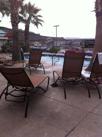 Hampton Inn St. George:                   Outdoor Pool