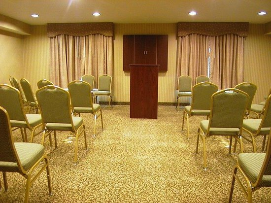Hartwick Seminary, NY: Meeting Room