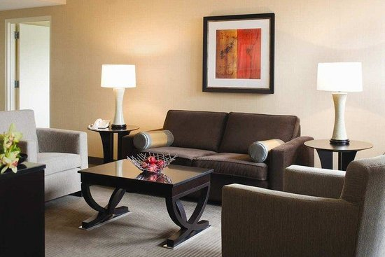 The Saratoga Hilton: Signature Suite