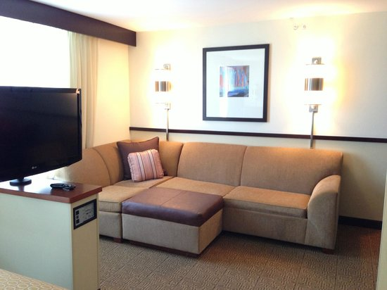 Hyatt Place Seattle/Downtown: King sized bed room