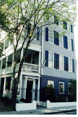 Photo of King George IV Inn Charleston