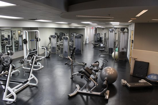 Crowne Plaza Hotel Kansas City Downtown:                                     Exercise Room