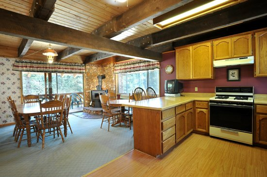 Duck Creek Village, : Mountain Home Kitchen &amp; Dining