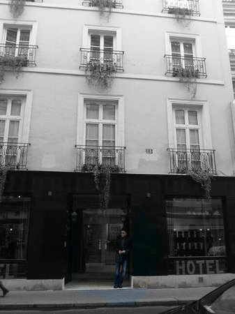 Pete standing out the front of the Hotel Saint Germain