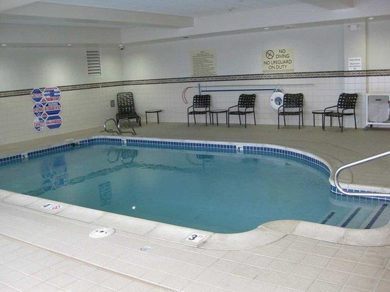Hilton Garden Inn Reno: Indoor Pool