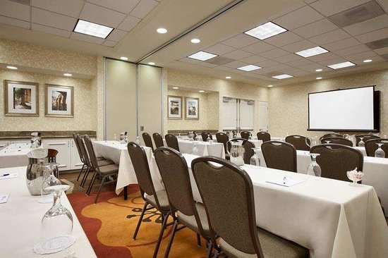Hilton Garden Inn San Diego/Rancho Bernardo: Our largest meeting room,  the McCoy Meeting Room,  has more than 984 square feet of versatile m