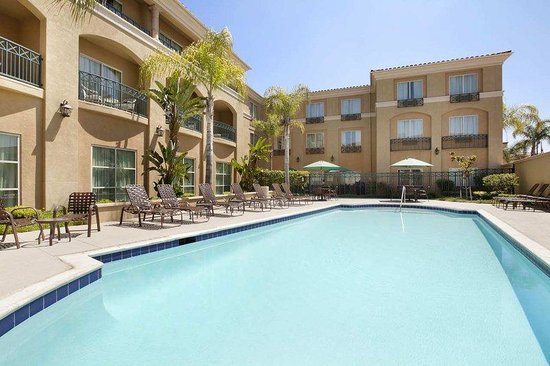 Hilton Garden Inn San Diego/Rancho Bernardo: Outdoor Pool